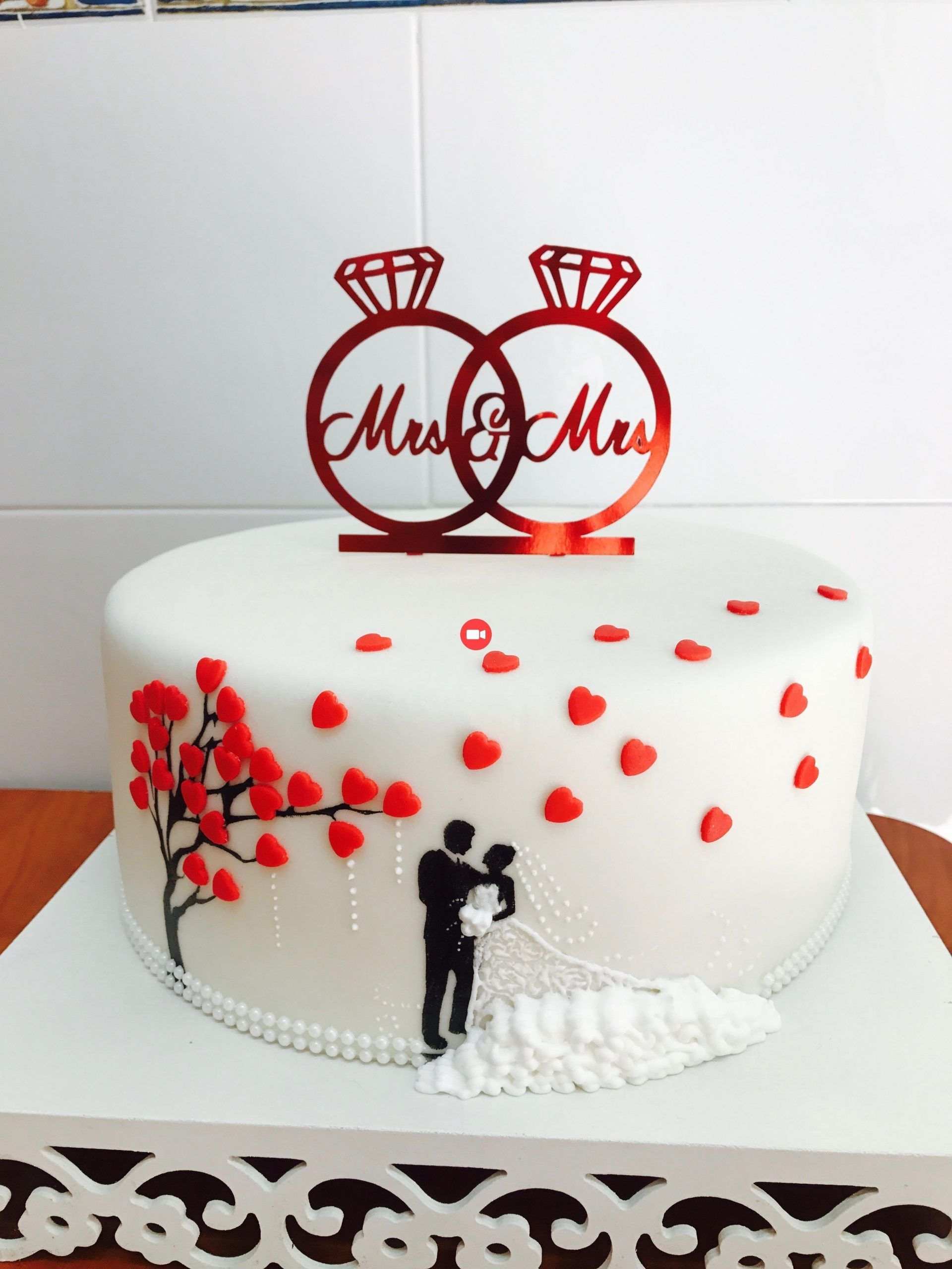 Online Store For Baby Kids Clothes For Nia And Nio Wedding Cakes Baby Cakes Cl Engagement Cake Design Wedding Anniversary Cakes Anniversary Cake Designs