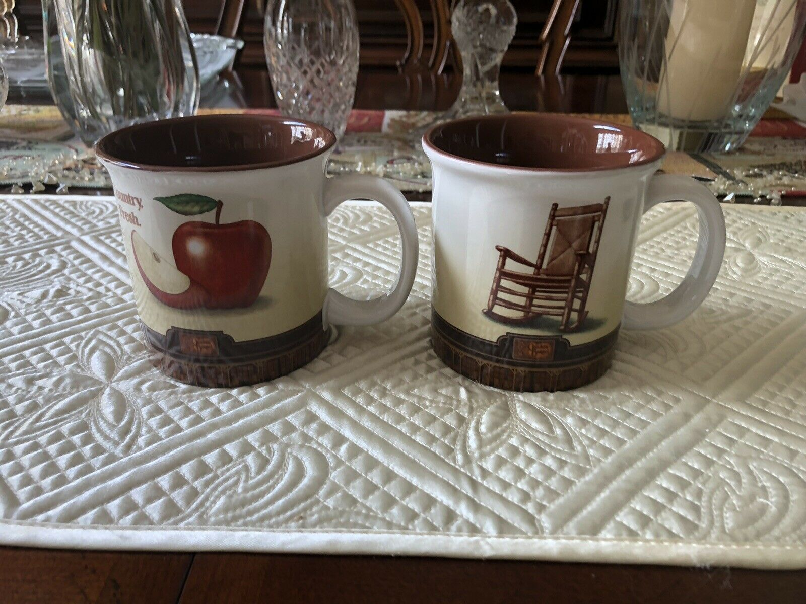 Set Of 2 Large Cracker Barrel Old Country Store Mugs Ebay Old Country Stores Mugs Cracker Barrel