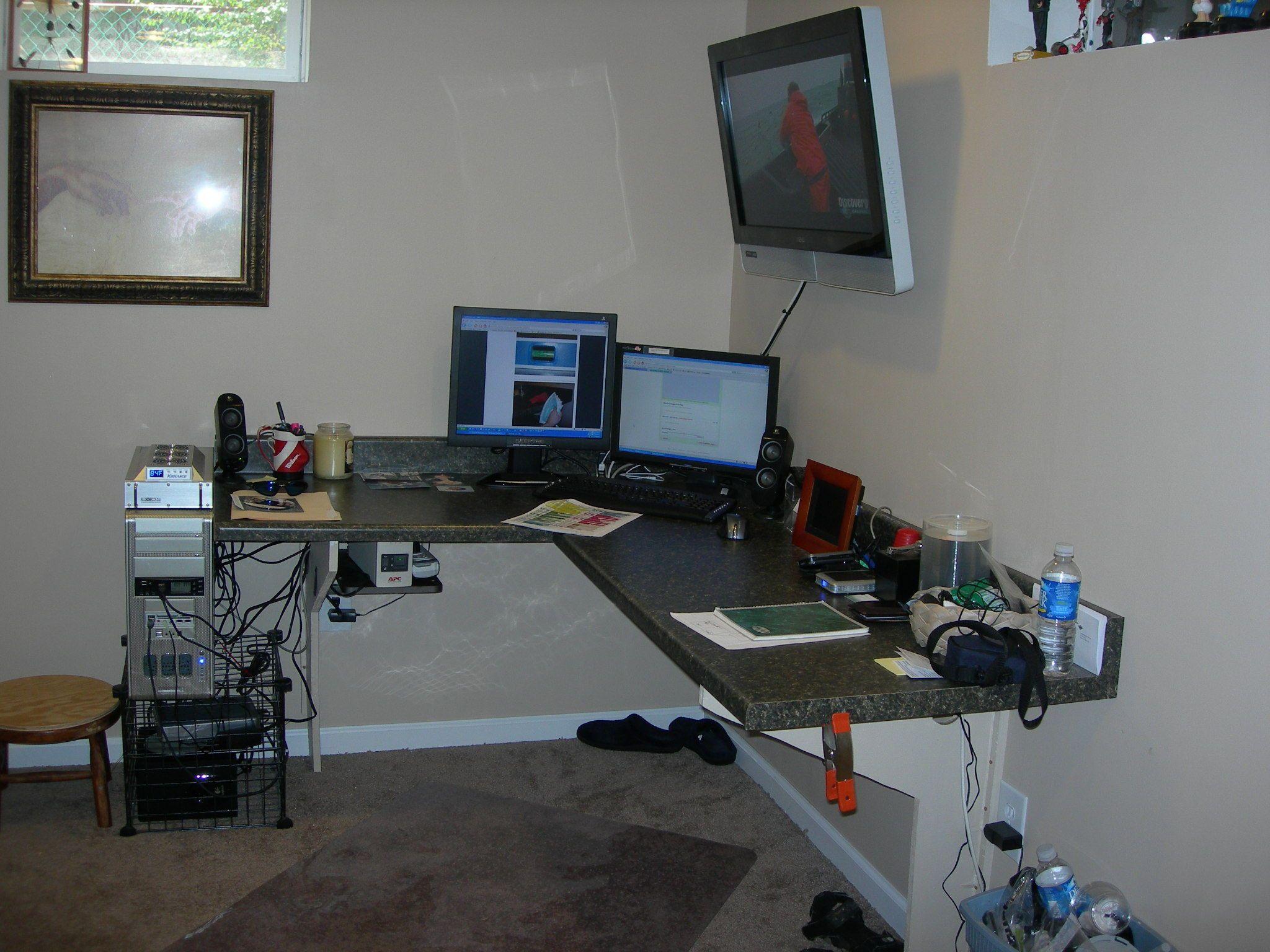 Make A Desk From A Kitchen Countertop Floating Corner Desk Modern Corner Desk Guest Room Office
