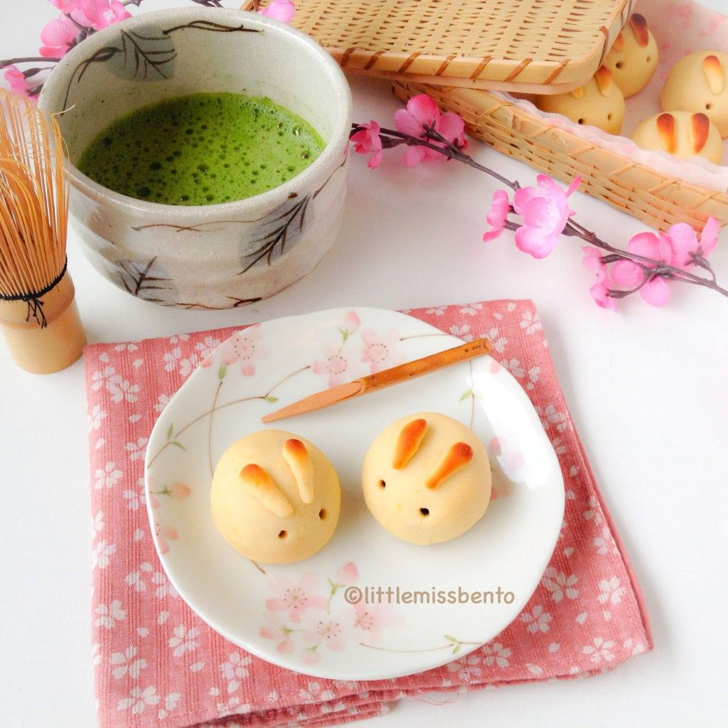 Frog, Goose and Bear JAPANESE PARTY blossom fruit and