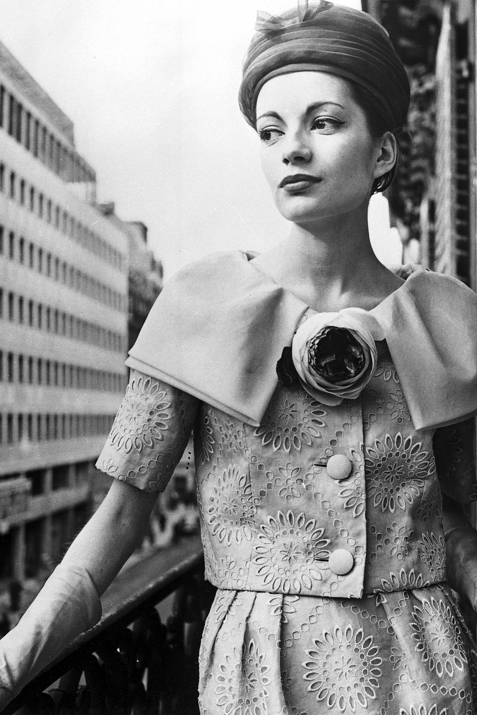 8ed283745826 The Best Fashion Photos From The 1950s | Vintage Fashion Photography ...