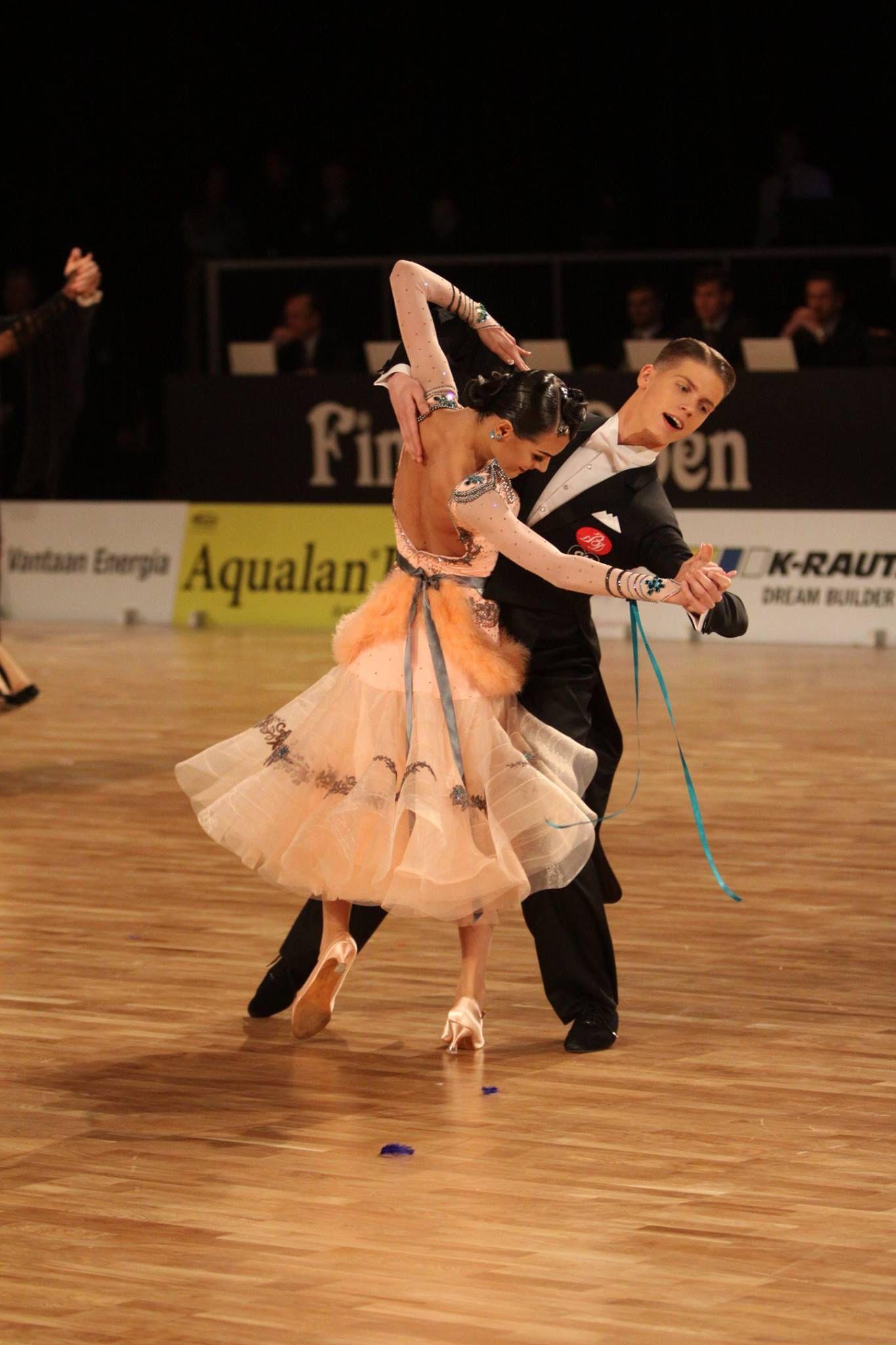 Изображение «ballroom dresses» от пользователя Jessica Low ...