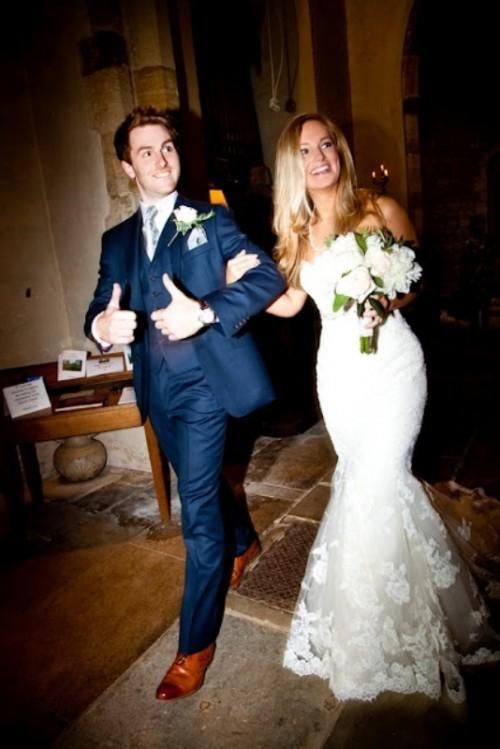 The Hottest 2017 Wedding Trend 30 Navy Suits For Grooms Weddingomania Weddbook