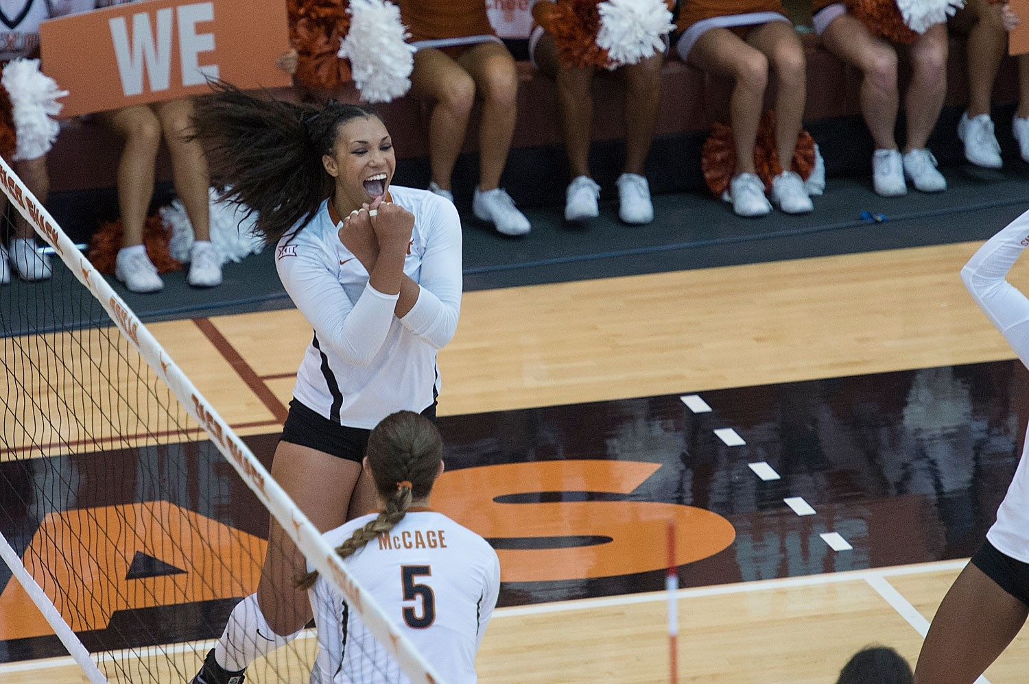 No 3 Volleyball Defeats No 4 Nebraska 3 2 University Of Texas Athletics Volleyball News Olympic Athletes Volleyball Players