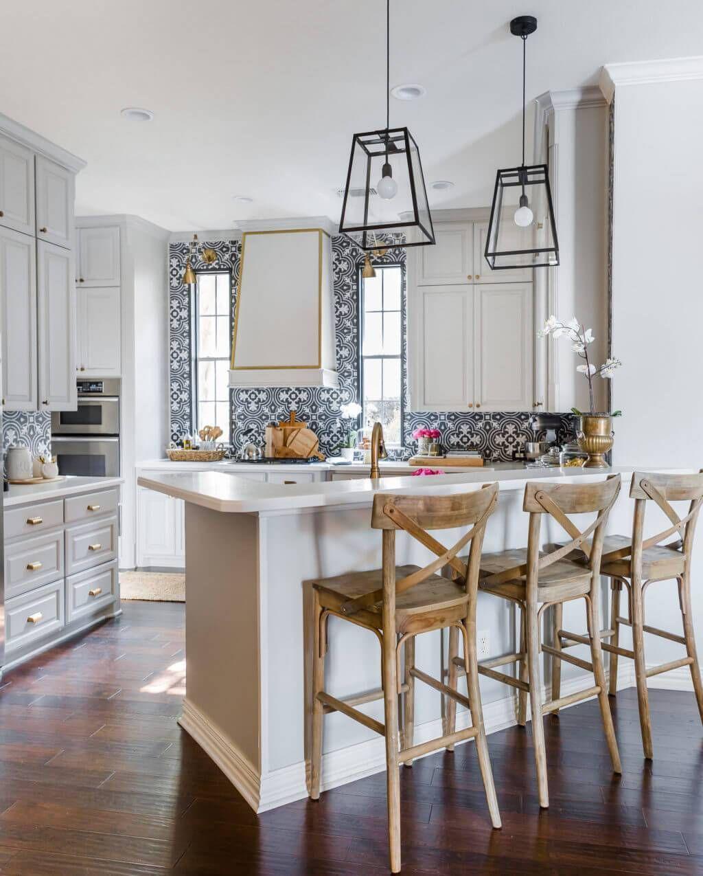 11 kitchen tile backsplash ideas for white cabinets that aren t rh pinterest com