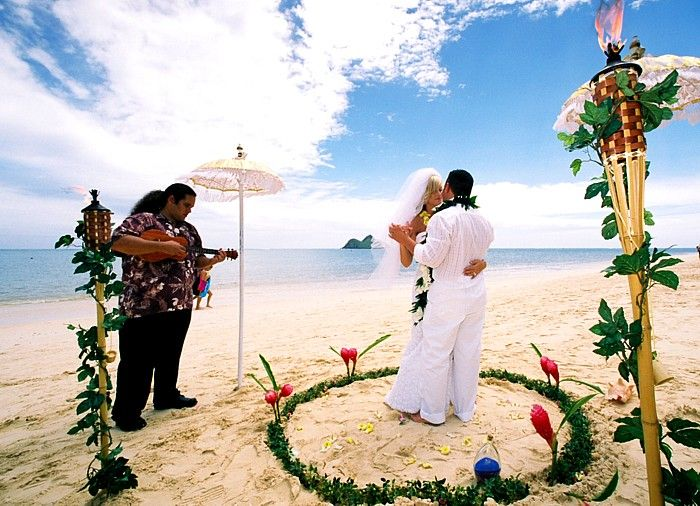 Hawaiian wedding and personal atmosphere to any event hawaiian wedding and personal atmosphere to any event especially for your wedding junglespirit Image collections