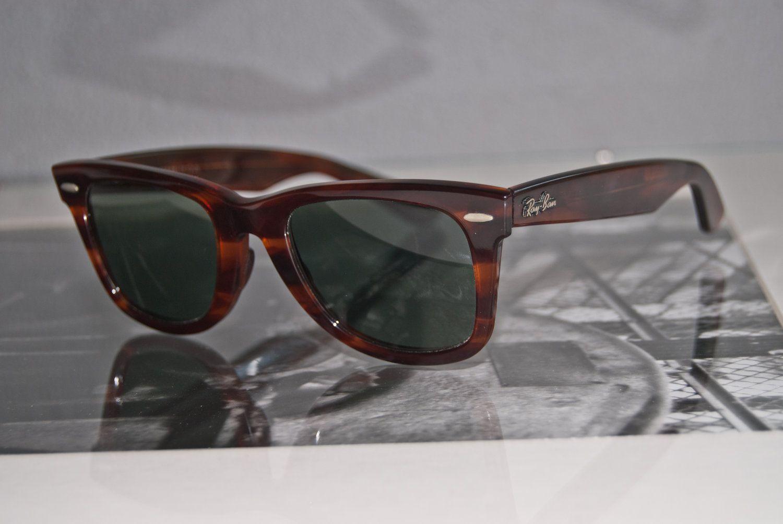 eb2f87b648 Classic Vintage 1970s 1980s B Ray-Ban 5022 Tortoise Shell Wayfarer  Sunglasses