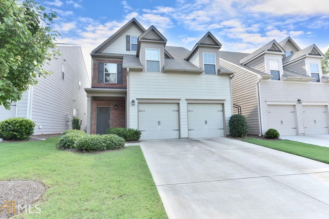 home with easy access to ga hwy 400 big creek greenway fowler rh pinterest com