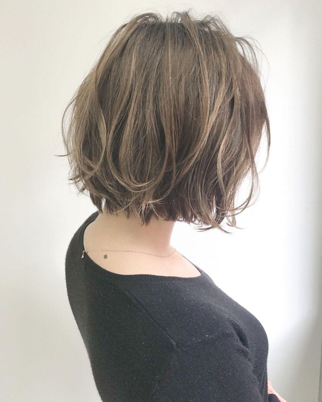 切りっぱなしボブ2020最新版 髪色 長さ別カタログ 似合わせ方やヘア