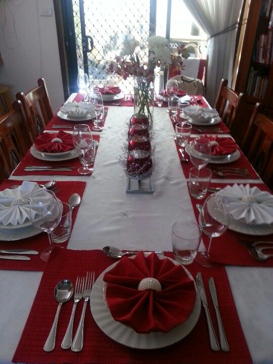 christmas table setting christmas table settings christmas table rh pinterest com