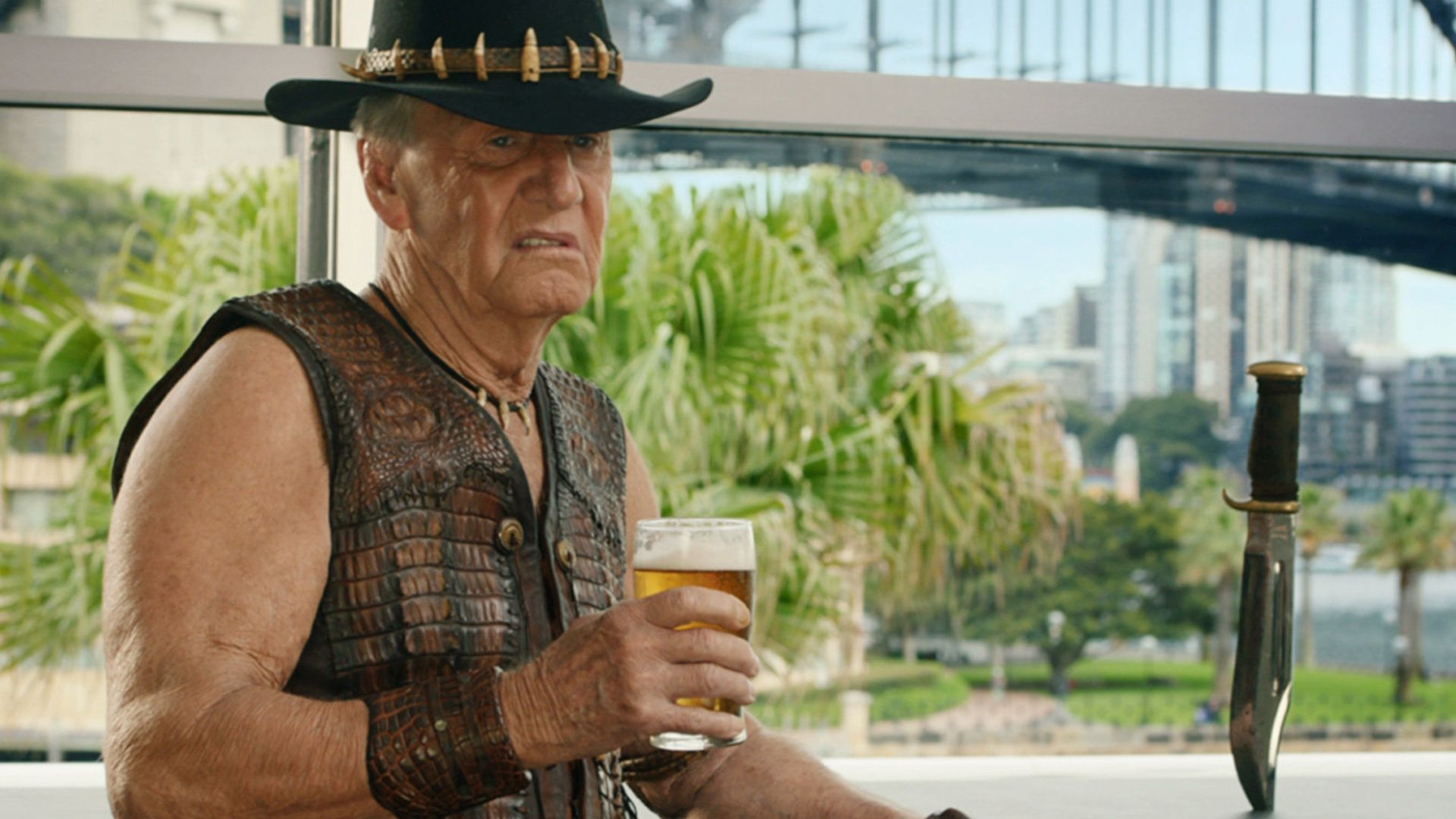Crocodile Dundee S Paul Hogan To Star In The Very Excellent Mr Dundee Geektyrant Crocodile Dundee Dundee The Best Films