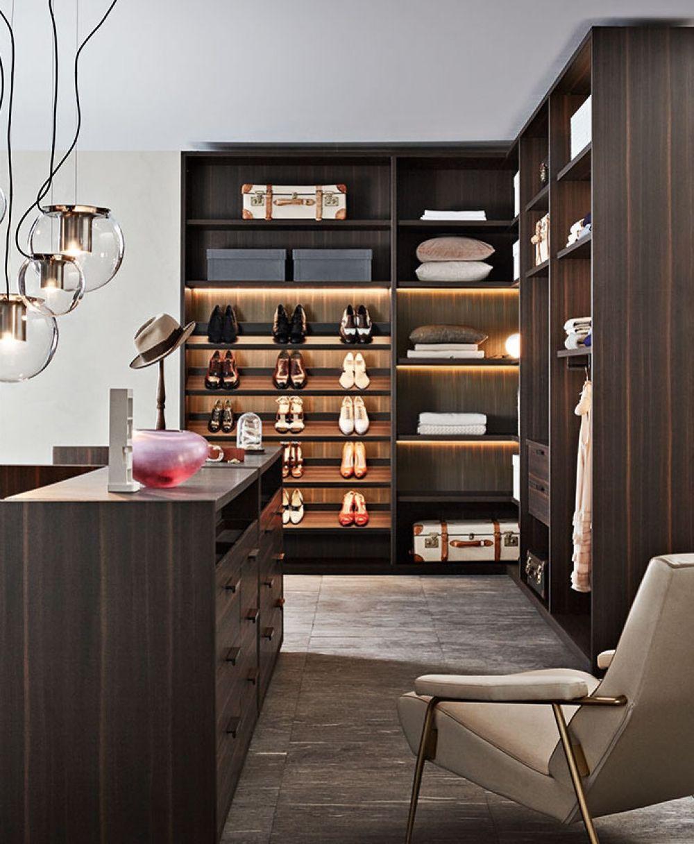 Modern walk-in wardrobe - Gliss Master  Armario de lujo, Disenos