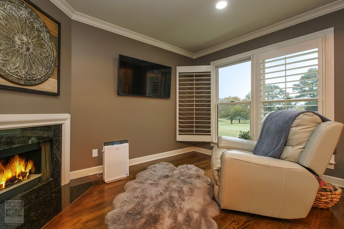 Comfy Den With Large New Windows Renewal By Andersen In 2020 Home Estimate Vinyl Window Frame Windows And Doors