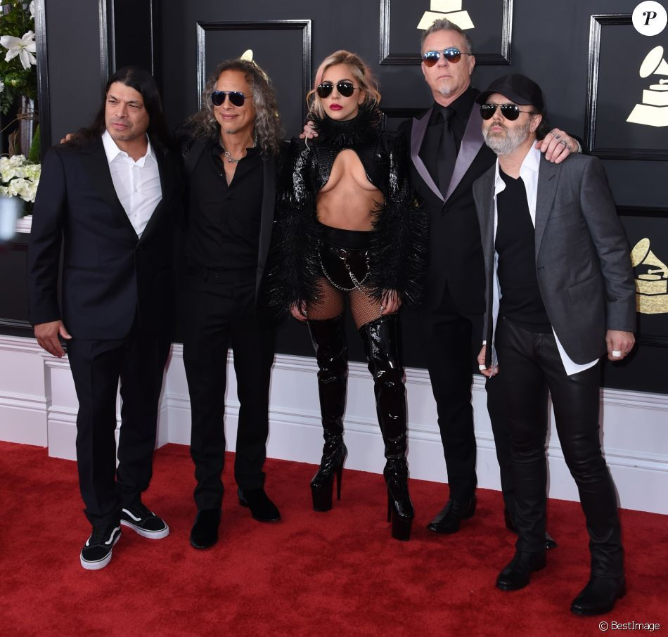 Photos lady gagy et le groupe metallica robert trujillo kirk lady gagy et le groupe metallica robert trujillo kirk hammett james hetfield et fandeluxe Images