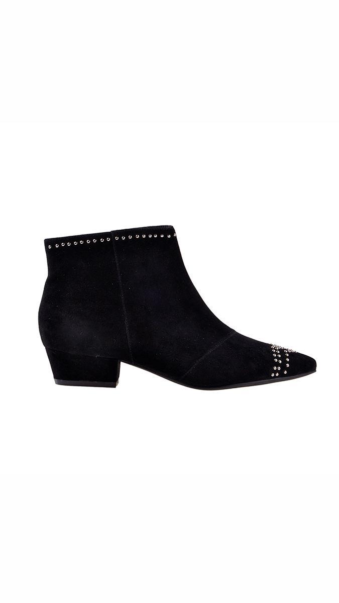 9d97e1ca733 Sofie Schnoor - støvle med sølvdetaljer - sort | Boots AW17