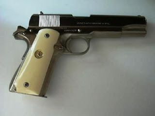 Find this Pin and more on Fire Arms. Pistola Colt Modelo 1911 y 1911