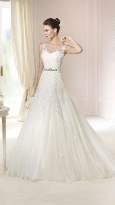 Vestido de novia White One modelo Nieves disponible en la tienda de ...