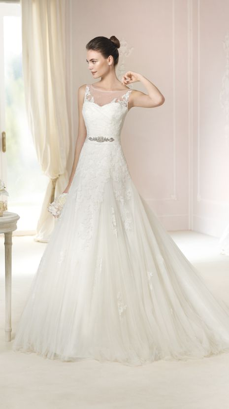 17 Best images about Robe mariée on Pinterest   Rosa clara, Bridal ...