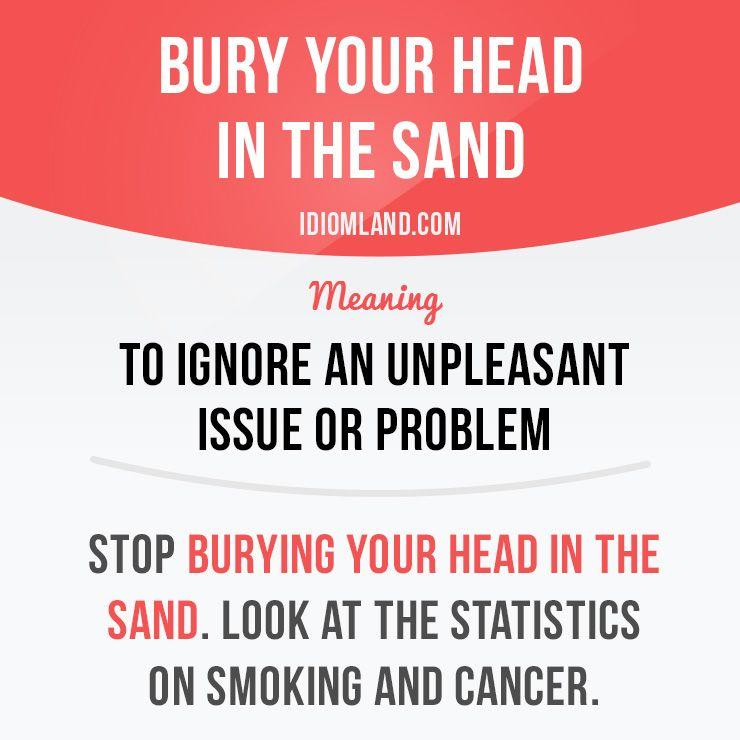 Nascondere la testa sotto la sabbia