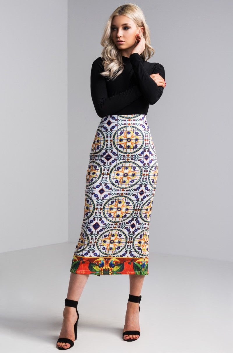 5386f3bb16b54 Front View Another Day In Paradise Printed Pencil Skirt in Print ...