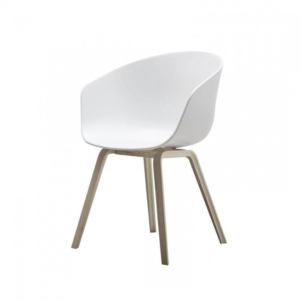Toch een zware concurrent van mijn Eames-stoelen...