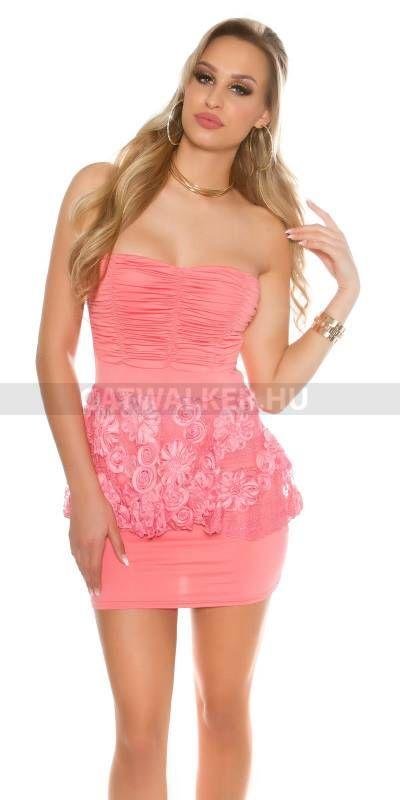 8827c47908 Alkalmi ruha csipkés, felső részén ráncolt - korál | ruha,divat ...