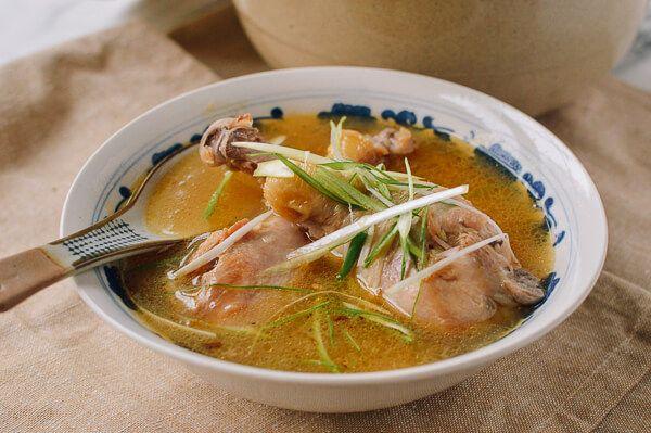 Taiwanese Sesame Oil Chicken Soup 台湾麻油鸡汤