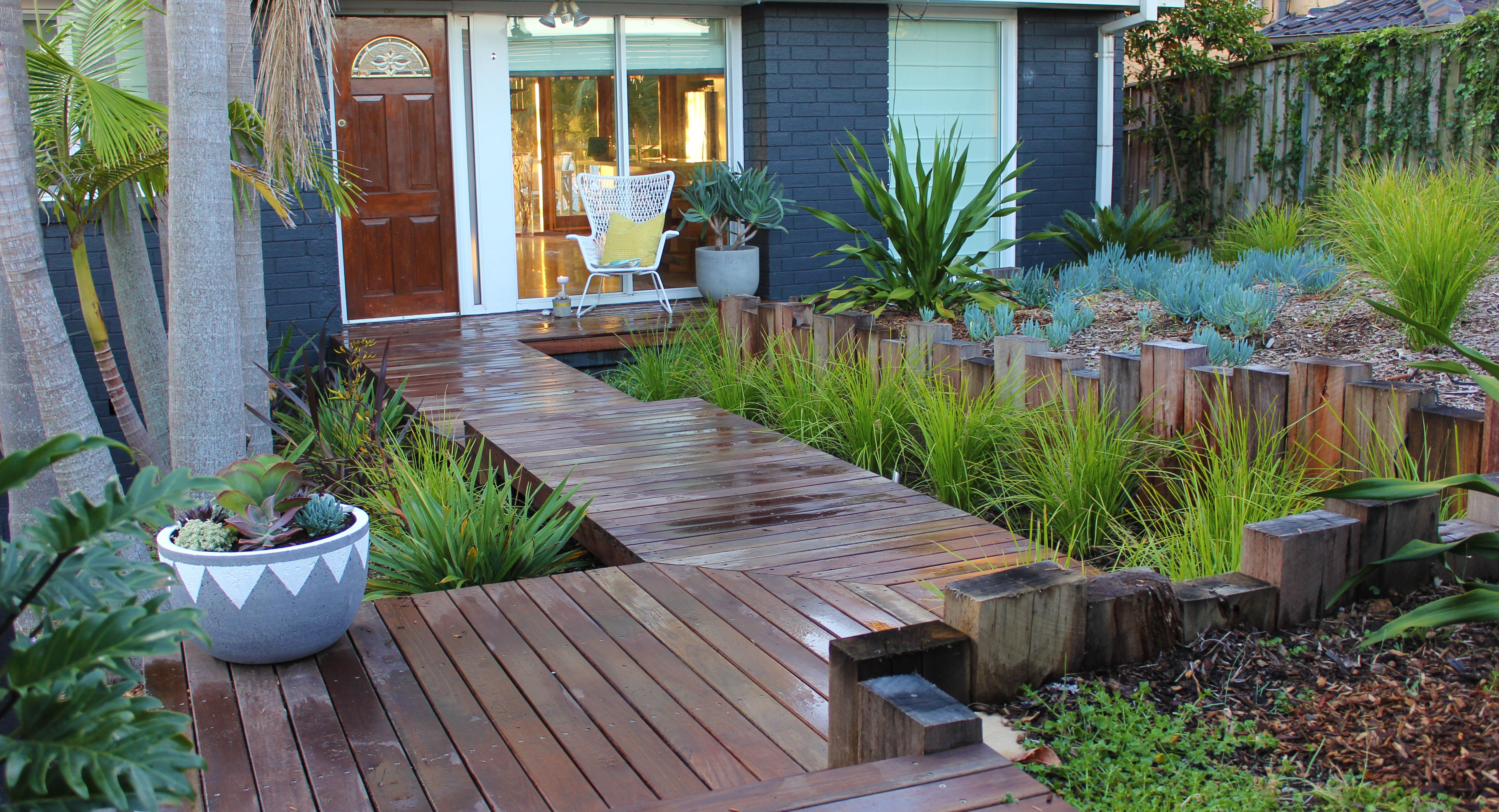 Newport residence, landscape, landscape design, coastal gardens, beach side gardens, timber boardwalk
