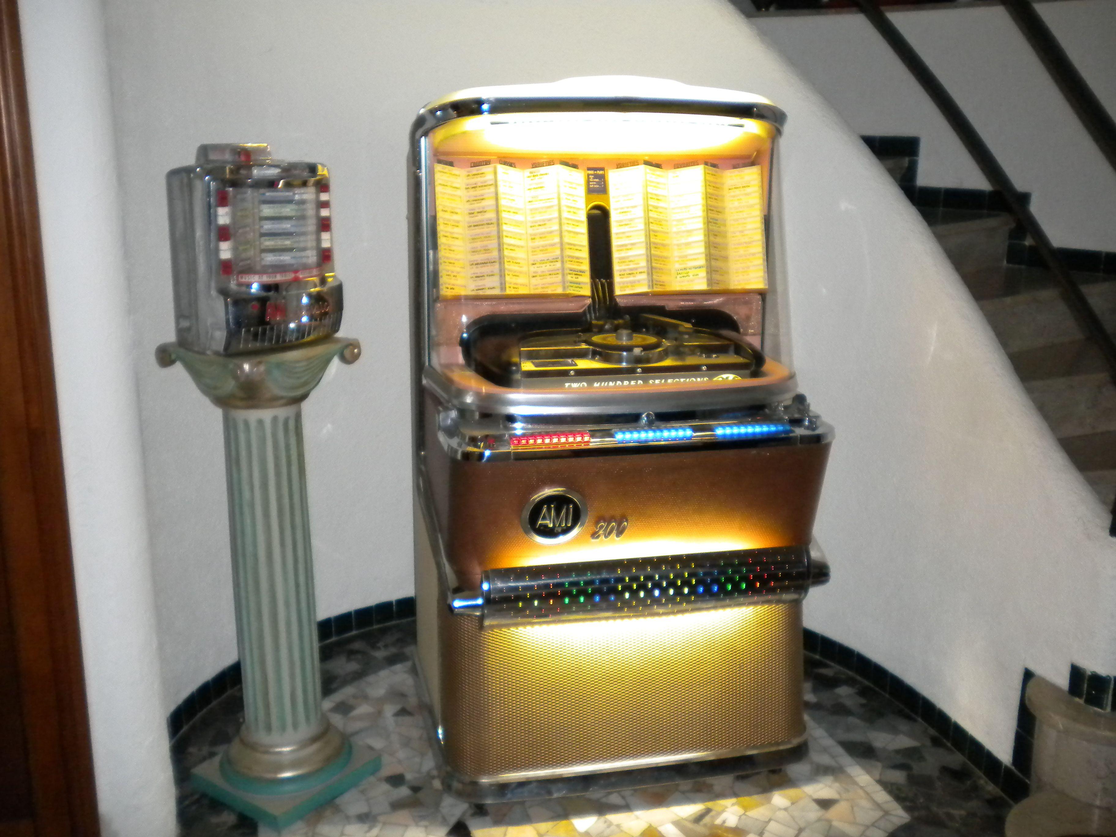 My Jukebox AMI H - Wallbox AMI WQ-200 | Jukeboxes