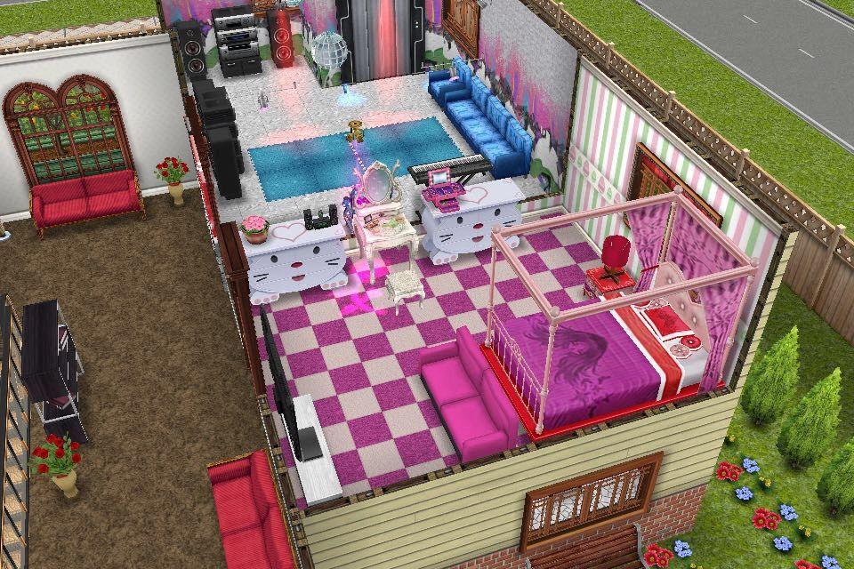 House One / Second Floor / Girls Bedroom / With Vanity Desk