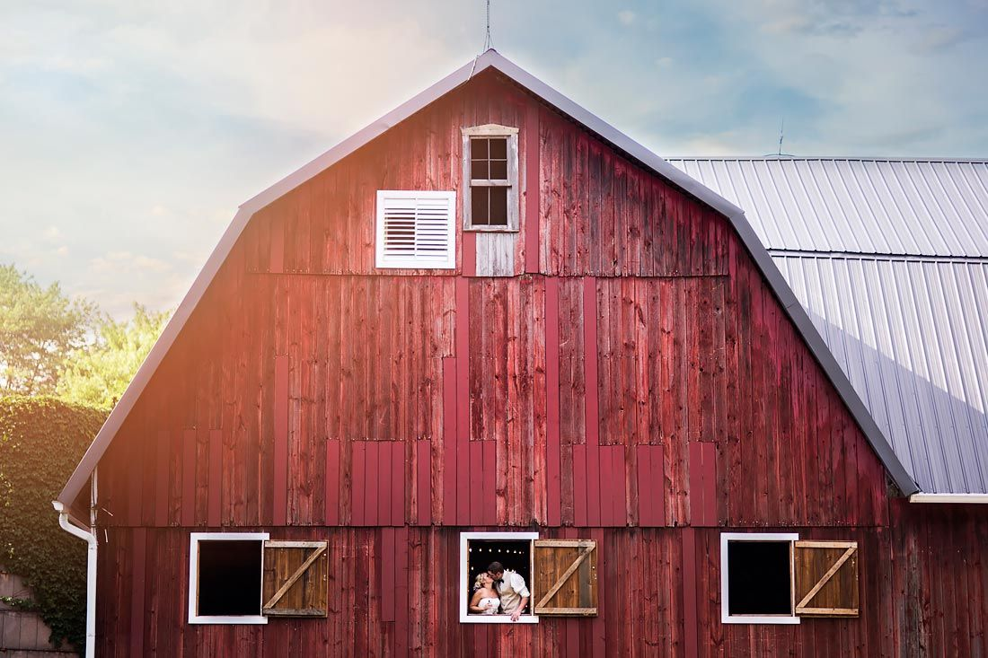 10 Impressive Indiana Barns for Your Wedding | WeddingDay ...