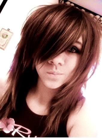Hot Things Are Here Emo Hairstyles Girls Medium Hair Styles Hair Styles Medium Scene Hair