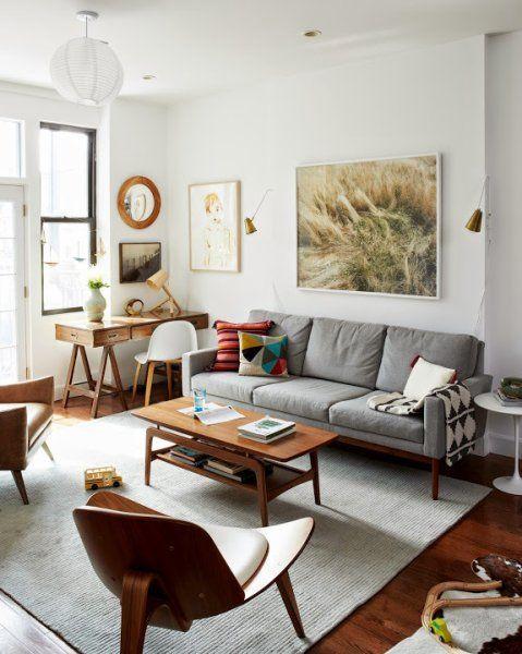 Mobilier vintage et teintes moderne, le salon aime mixer les styles