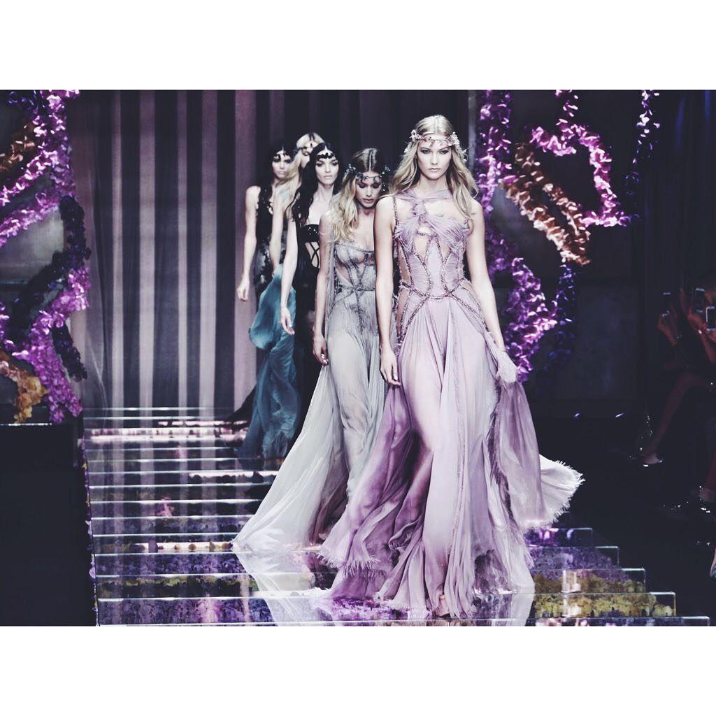 Good night with Atelier @versace_official #aw15 #haute #couture #finale #KarlieKloss #peterxu #digitalpimp #bestshot