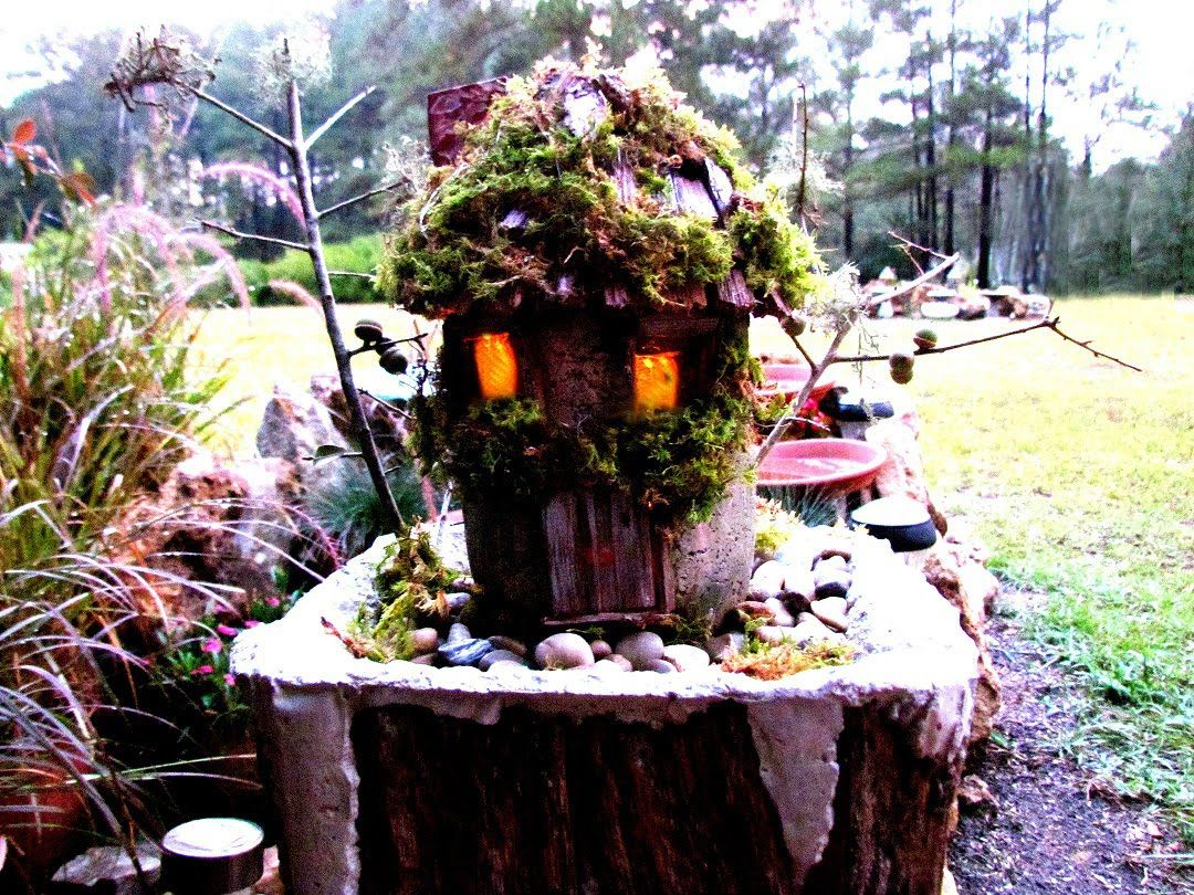 Diy hypertufa fairy house