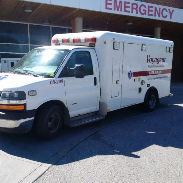2008 Chev 3500 Express Ambulance 6 6l Duramax Diesel Former Oxford County Ems Ambulance Dual Stretcher Not Incl Ambulance Truck Duramax Diesel Ems Ambulance