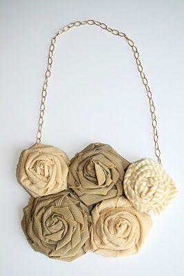 TUTORIAL: DIY: fabric flowers