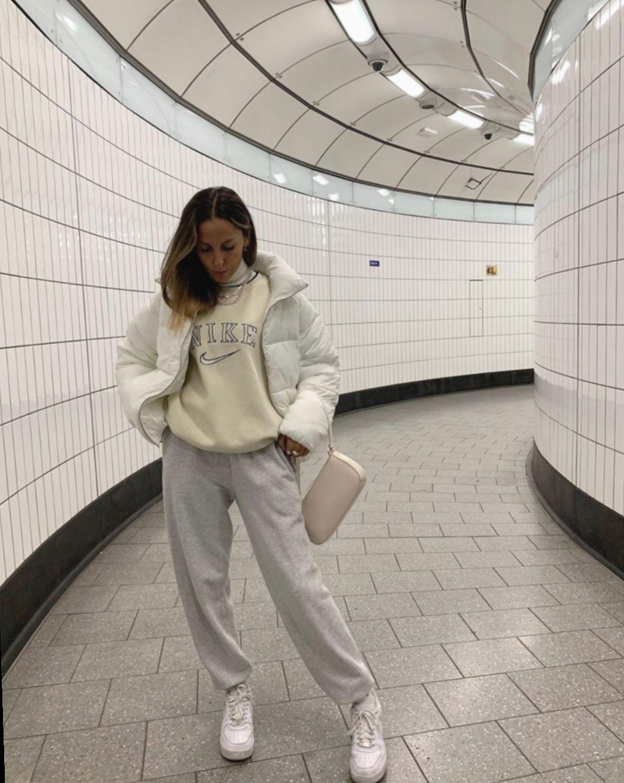 Fashion Winter Teenage Street Styles #instaclick #gimaashi #photooftheday #fitness inspiration desen...