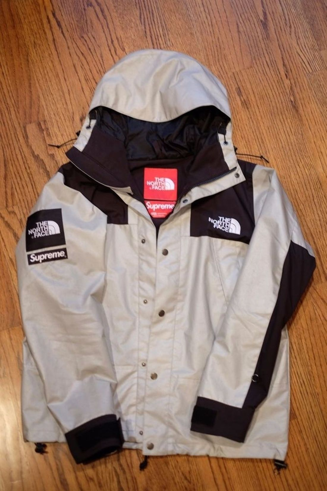 38f577e1a98f Supreme × The North Face 3 M Mountain Parka Reflective Silver Black Jacket  Size…