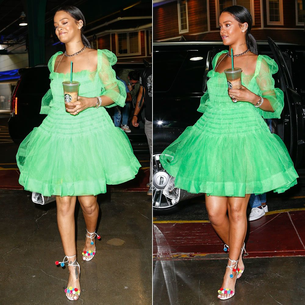 When She Wore The Dress That Would Have Made 3 Year Old Me Totally Envious Rihanna Outfits Rihanna Style Dresses Rihanna Looks [ 1000 x 1000 Pixel ]