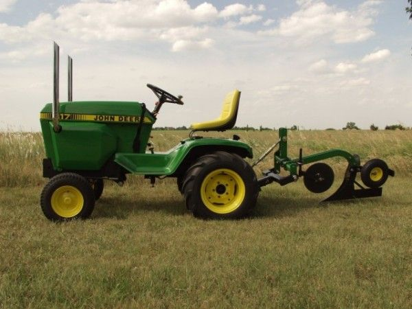 Weekend Freedom Machines >> Pin On Cool Tractors