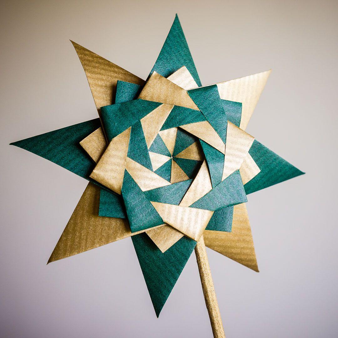 Braided Corona Star by Maria Sinayskaya
