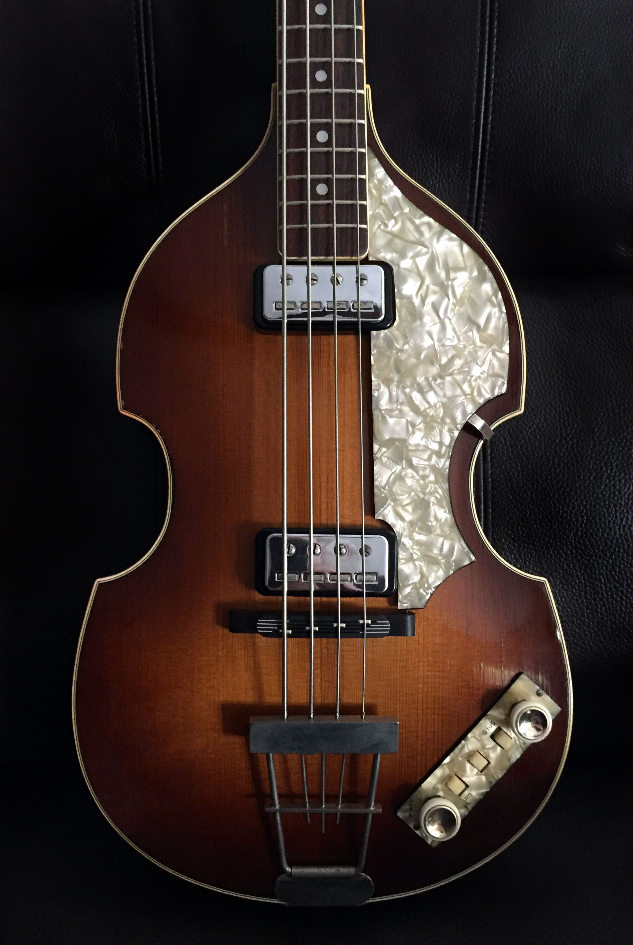 Original 1964 Hofner 500 1 Violin Beatle Bass From Selmer Uk Showing The Arched Spruce Body Front Bass Guitar Guitar Beatles Bass