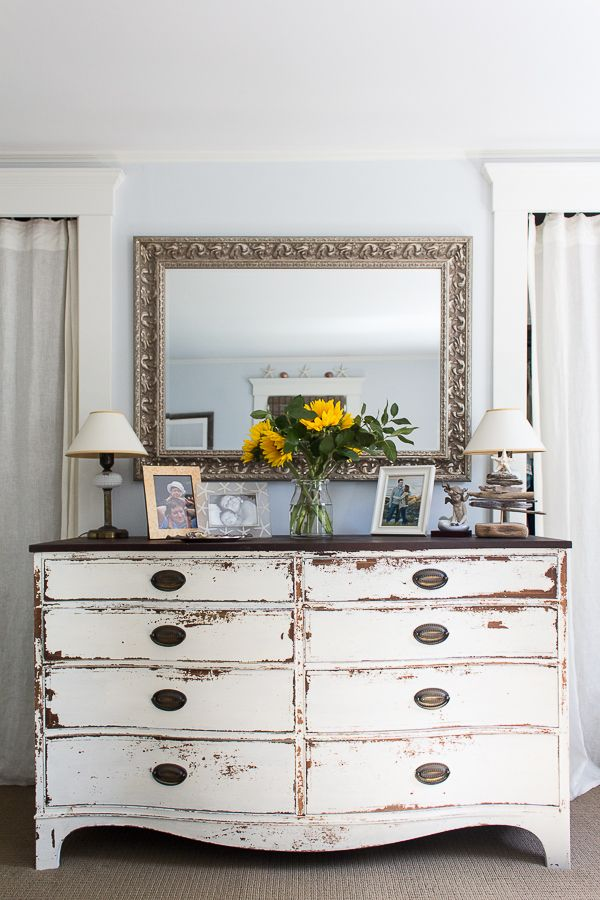Simply Summer Home Tour (2017 is part of Silver Home Accessories House Tours - Life gets simpler at the beach in the summer  Time slows down  Stop by for my simply summer home tour with our full source list