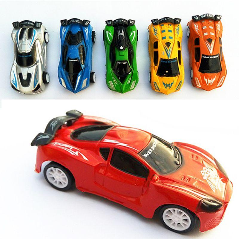 Cool racewagen speelgoed auto kinderen terug naar de auto auto robot model kinderen speelgoed Cartoon auto Q versie van de Plastic