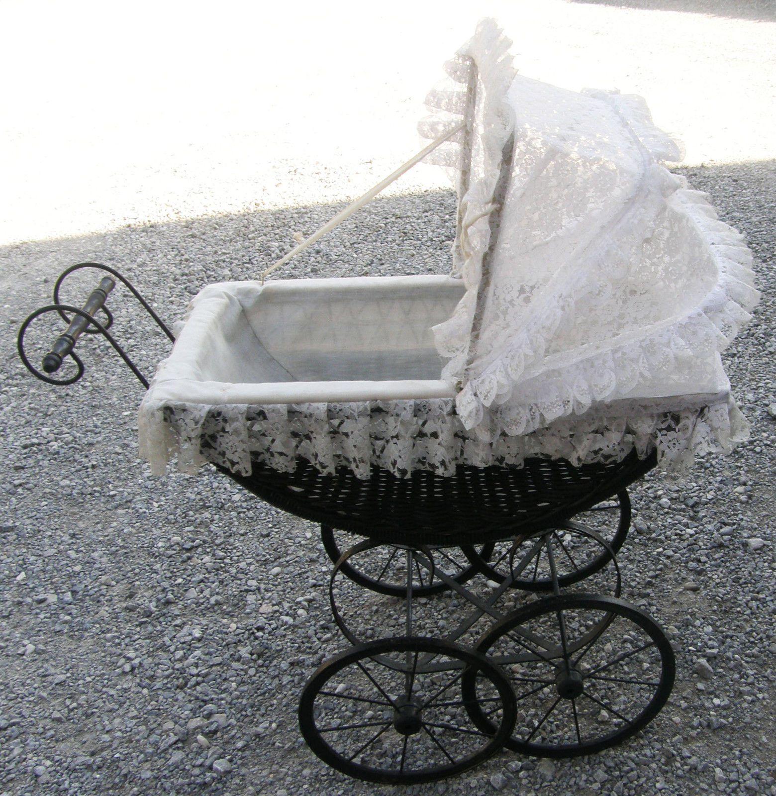 Korb Puppenwagen Mit Stoffverdeck Puppenwagen Puppen