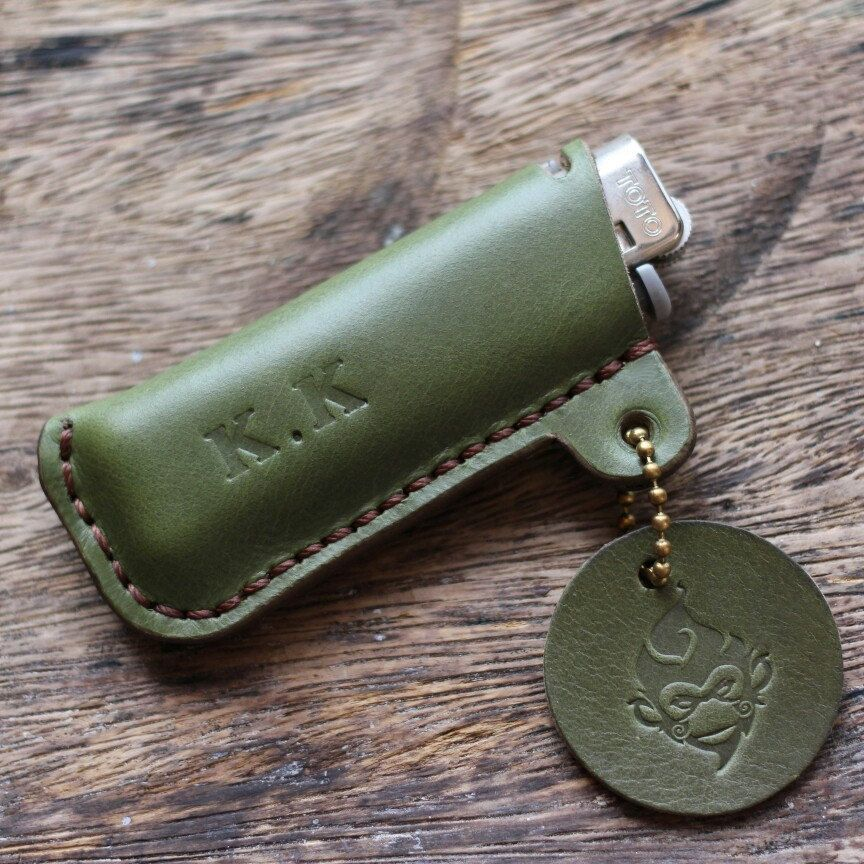 Personalized lighter case Olive green Vegetable tan leather  www.hollymonkeyartcraft.com f33baed8b0e