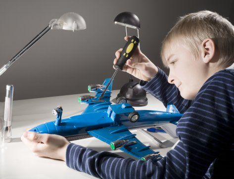 Plane model reference (Child for scale) | Le Petit Prince ...