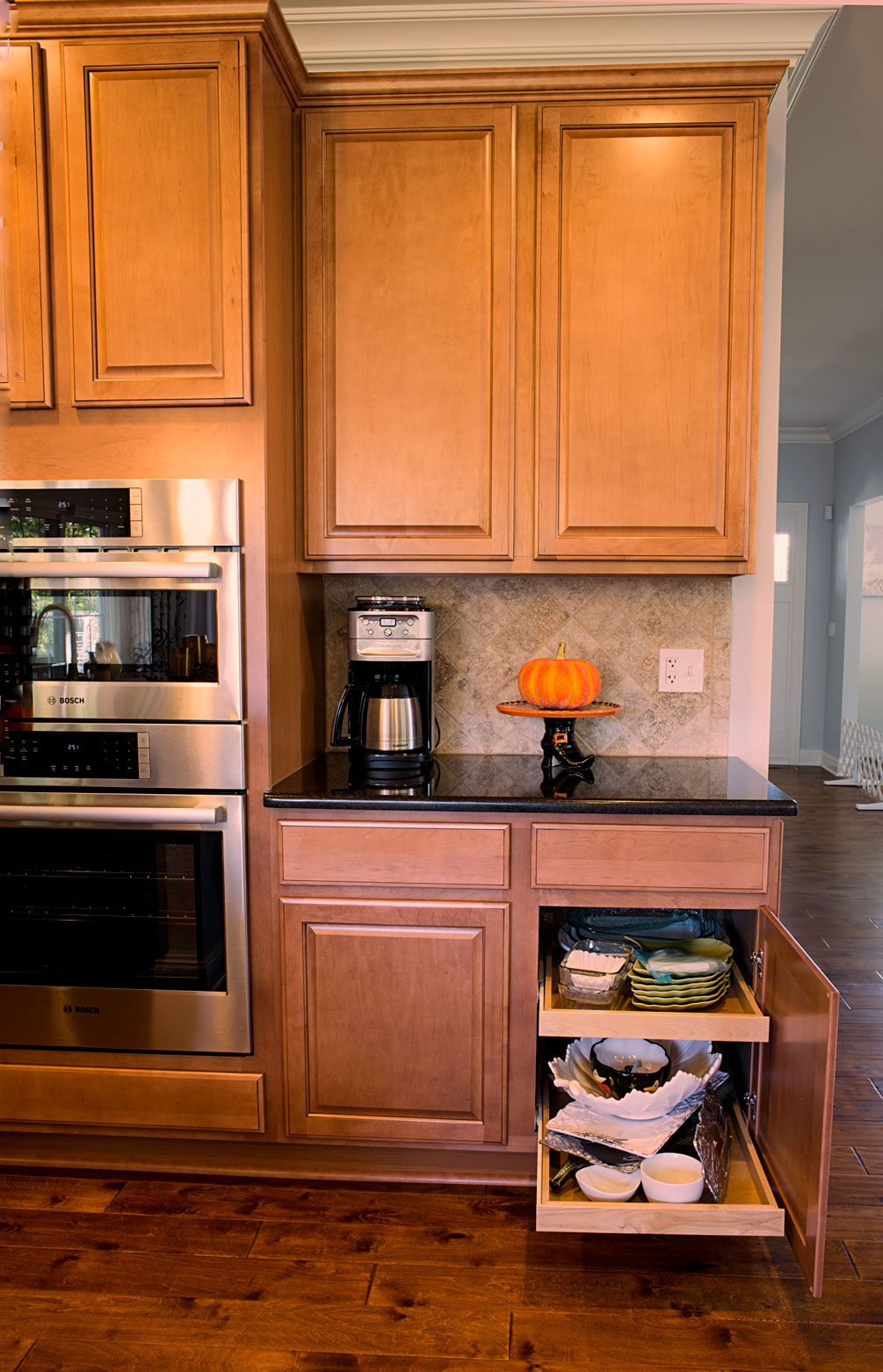 Soft Close Kitchen Cabinets