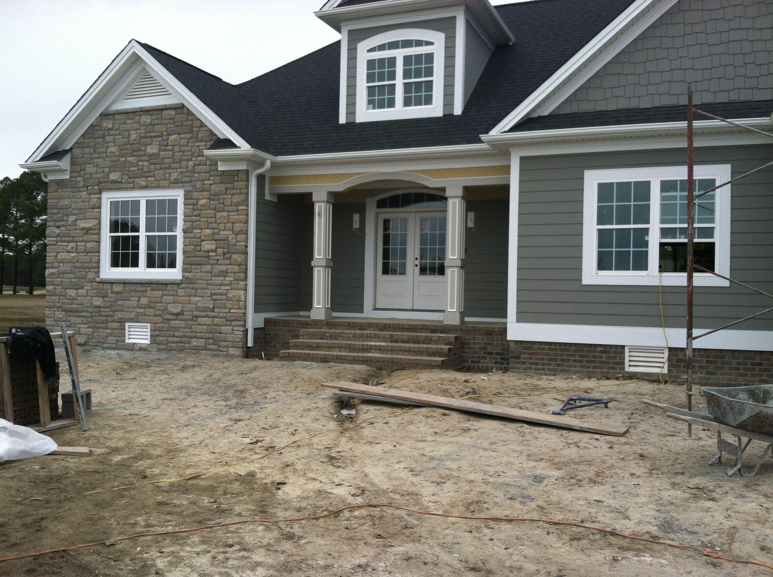 Stone House Front 45degreesdesign
